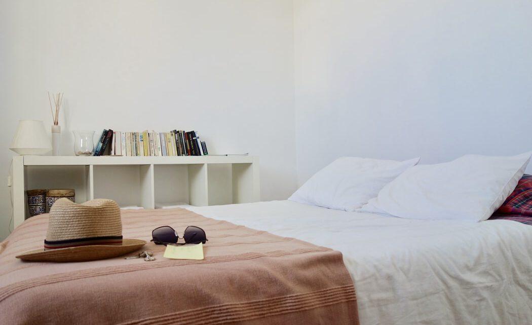 Op jezelf wonen: 4 meubelstukken die je nodig hebt